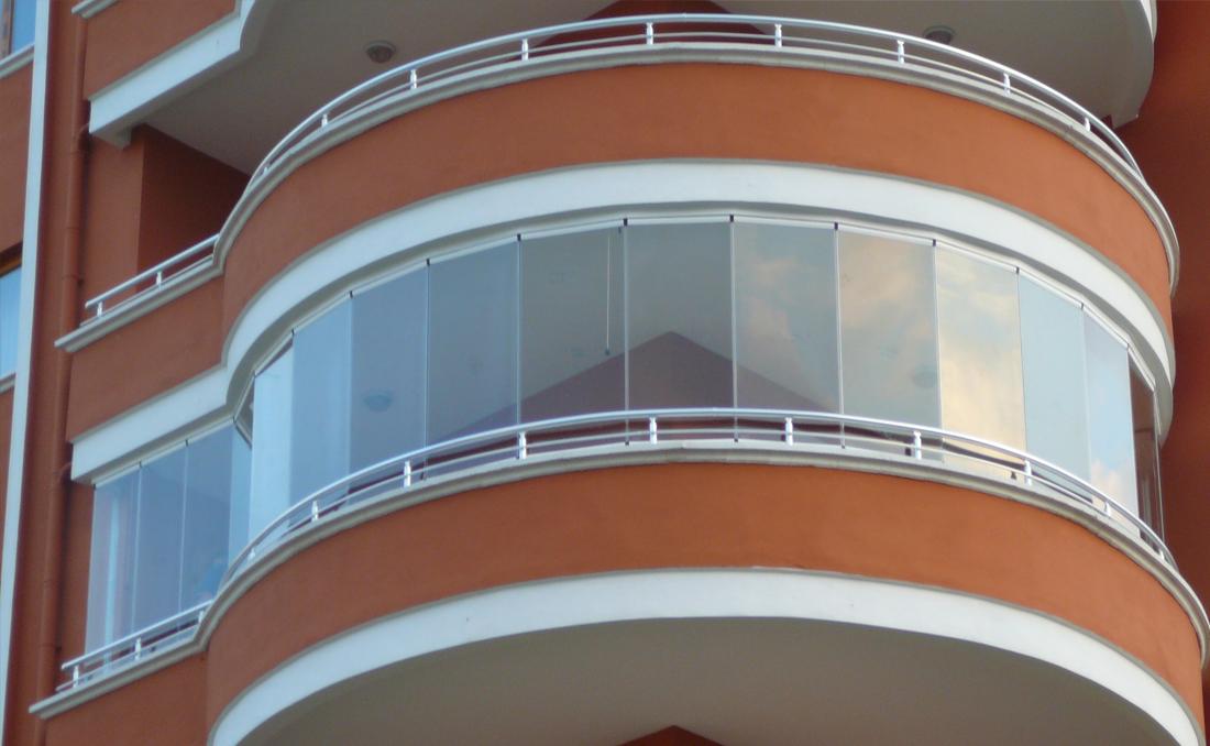 oval-cam-balkon